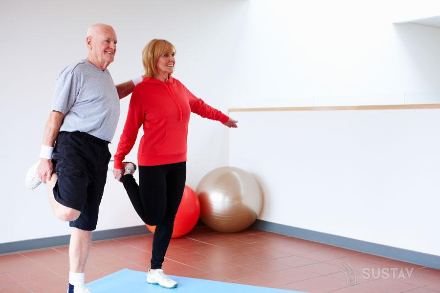 Лечение коленных суставов гимнастическими упражнениями: ТОП 5 методик 66-6